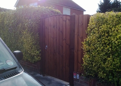 Single gate with matching panel - Completed